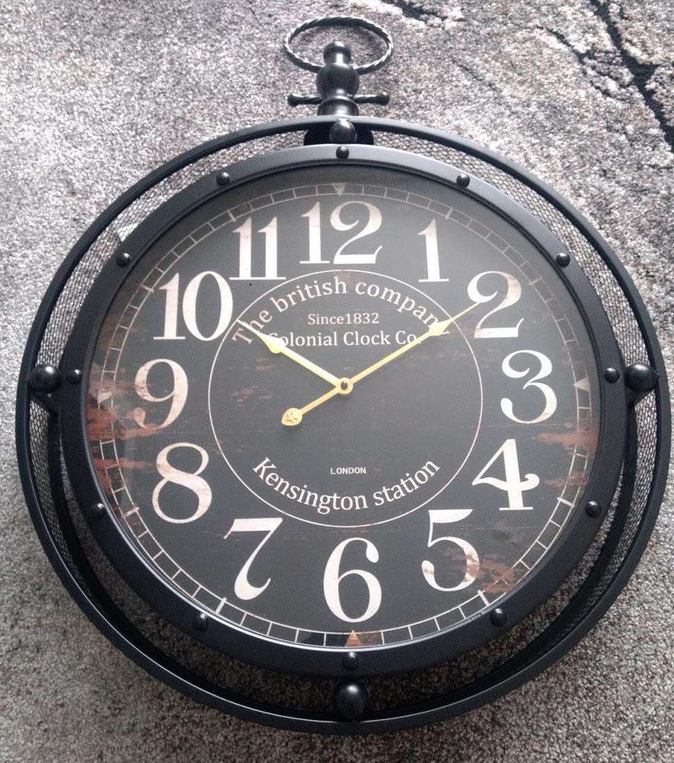 Designové a luxusní nástěnné hodiny